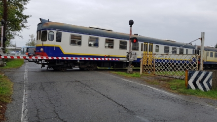 CANAVESANA - Ancora ritardi, guasti e treni ko: pendolari furenti