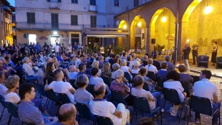 RIVAROLO CANAVESE - Una serata letteraria e tanta commozione nel ricordo di Elisa - FOTO E VIDEO