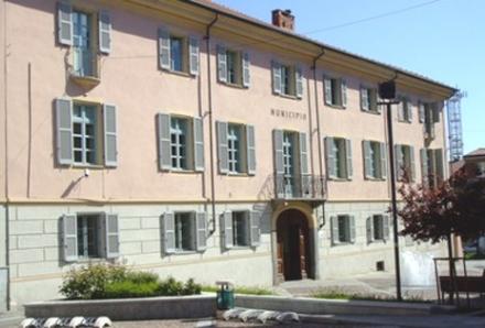 VOLPIANO - Tre posti di lavoro negli uffici di palazzo civico