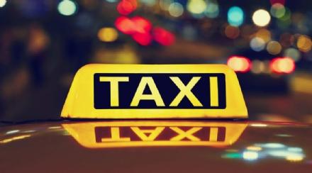 IVREA - Una app sul telefono per poter chiamare un taxi in città
