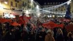 IVREA - Sardine in piazza di Città contro Salvini e la destra: «Siamo contro la deriva populista» - FOTO e VIDEO - immagine 12