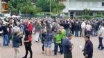 PAVONE CANAVESE - Una folla alla fiaccolata di solidarietà per Franco - FOTO E VIDEO - immagine 17