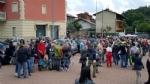 PAVONE CANAVESE - Una folla alla fiaccolata di solidarietà per Franco - FOTO E VIDEO - immagine 18
