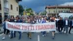PAVONE CANAVESE - Una folla alla fiaccolata di solidarietà per Franco - FOTO E VIDEO - immagine 1