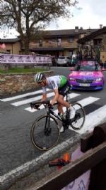 GIRO DITALIA A CERESOLE REALE - Lemozione della corsa in 50 scatti da tutto il Canavese - FOTO - immagine 13
