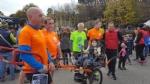 CUORGNE - La folla in piazza conferma il grande cuore del Canavese: più di 1100 persone di corsa per il piccolo Loris - FOTO e VIDEO - immagine 2