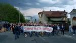 PAVONE CANAVESE - Una folla alla fiaccolata di solidarietà per Franco - FOTO E VIDEO - immagine 2