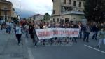 PAVONE CANAVESE - Una folla alla fiaccolata di solidarietà per Franco - FOTO E VIDEO - immagine 3