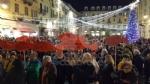 IVREA - Sardine in piazza di Città contro Salvini e la destra: «Siamo contro la deriva populista» - FOTO e VIDEO - immagine 4
