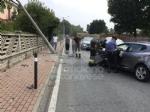 RIVAROLO CANAVESE - Incidente stradale, auto abbatte un palo della luce: un ferito - FOTO E VIDEO - immagine 4
