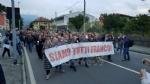 PAVONE CANAVESE - Una folla alla fiaccolata di solidarietà per Franco - FOTO E VIDEO - immagine 5