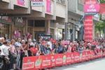 GIRO DITALIA A CERESOLE REALE - Lemozione della corsa in 50 scatti da tutto il Canavese - FOTO - immagine 8