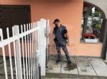 TABACCAIO UCCIDE LADRO A PAVONE CANAVESE - VITTIMA COLPITA AL PETTO - FOTO E VIDEO - immagine 9