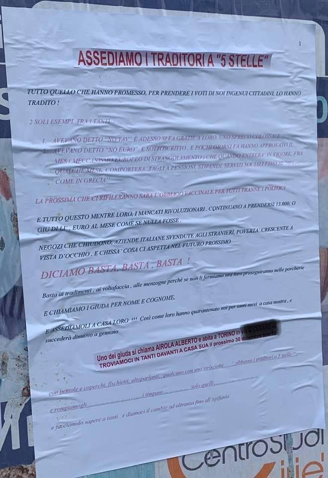 CIRIE' - Spuntano manifesti minacciosi contro i «traditori» del Movimento 5 Stelle
