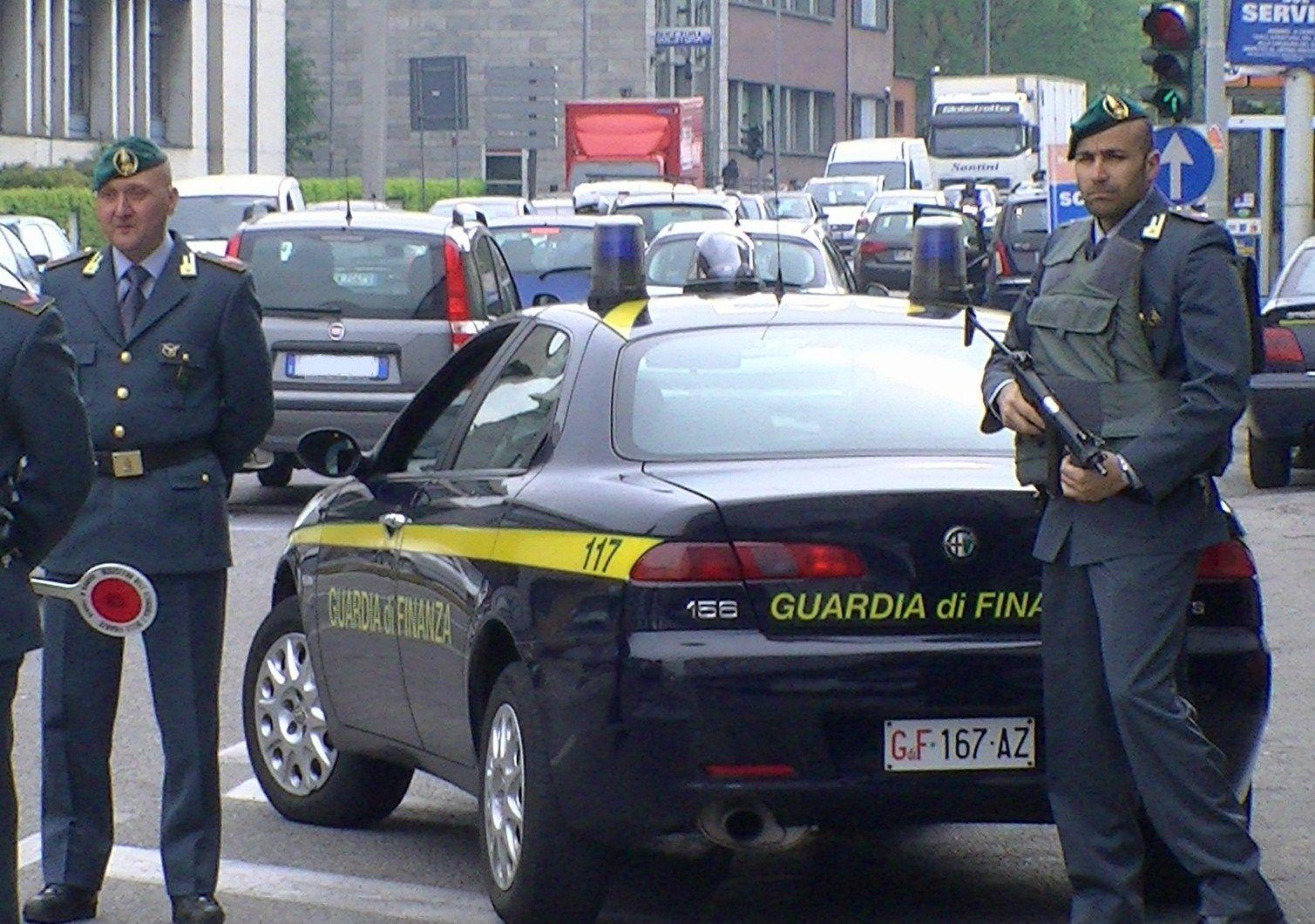 SAN MAURIZIO CANAVESE - Fatture false per sette milioni di euro: un arresto della guardia di finanza