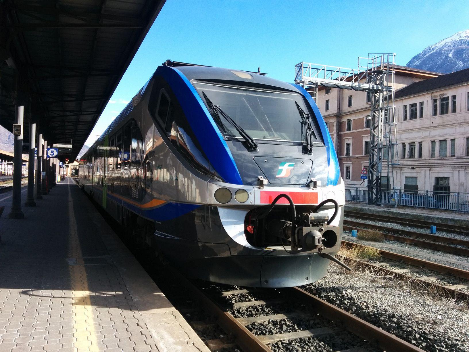 IVREA - Così la linea Ivrea-Aosta diventa «enogastronomica»