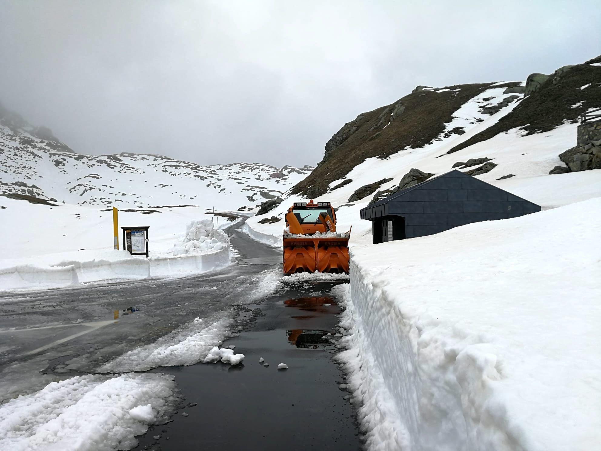 CERESOLE REALE - Da venerdi 11 si può andare fino al Nivolet: terminate le operazioni di sgombero neve - FOTO