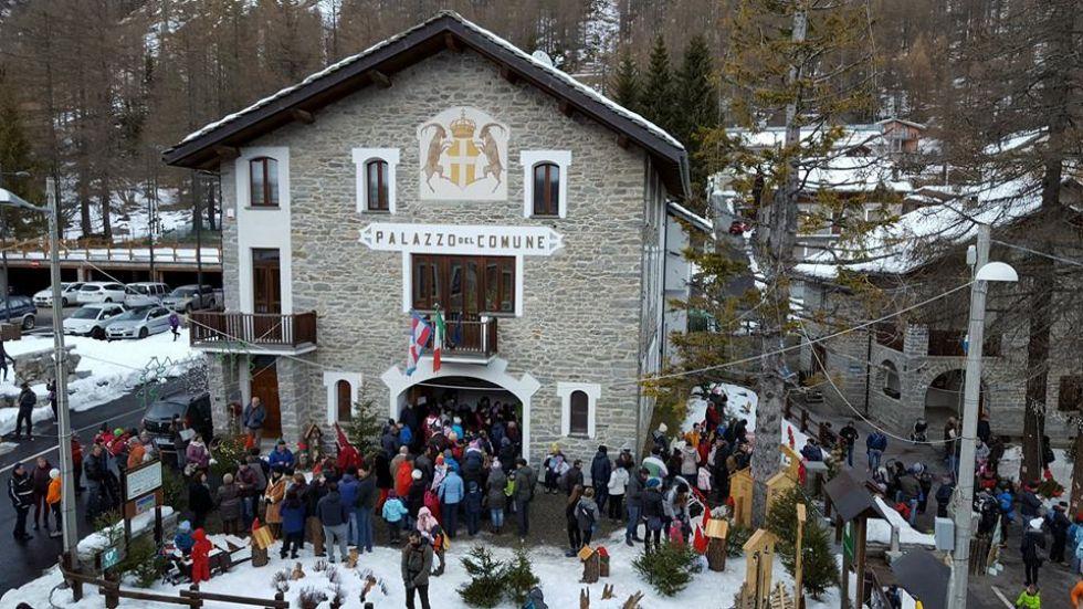 CERESOLE REALE - Natale magico con il villaggio degli elfi - VIDEO