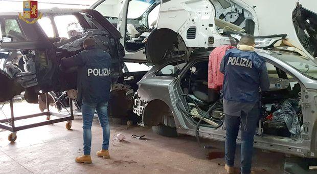 TORINO-FRONT-IVREA - Rubavano solo Bmw, Audi, Mercedes e Jeep: cinque persone arrestate dalla polizia stradale - VIDEO