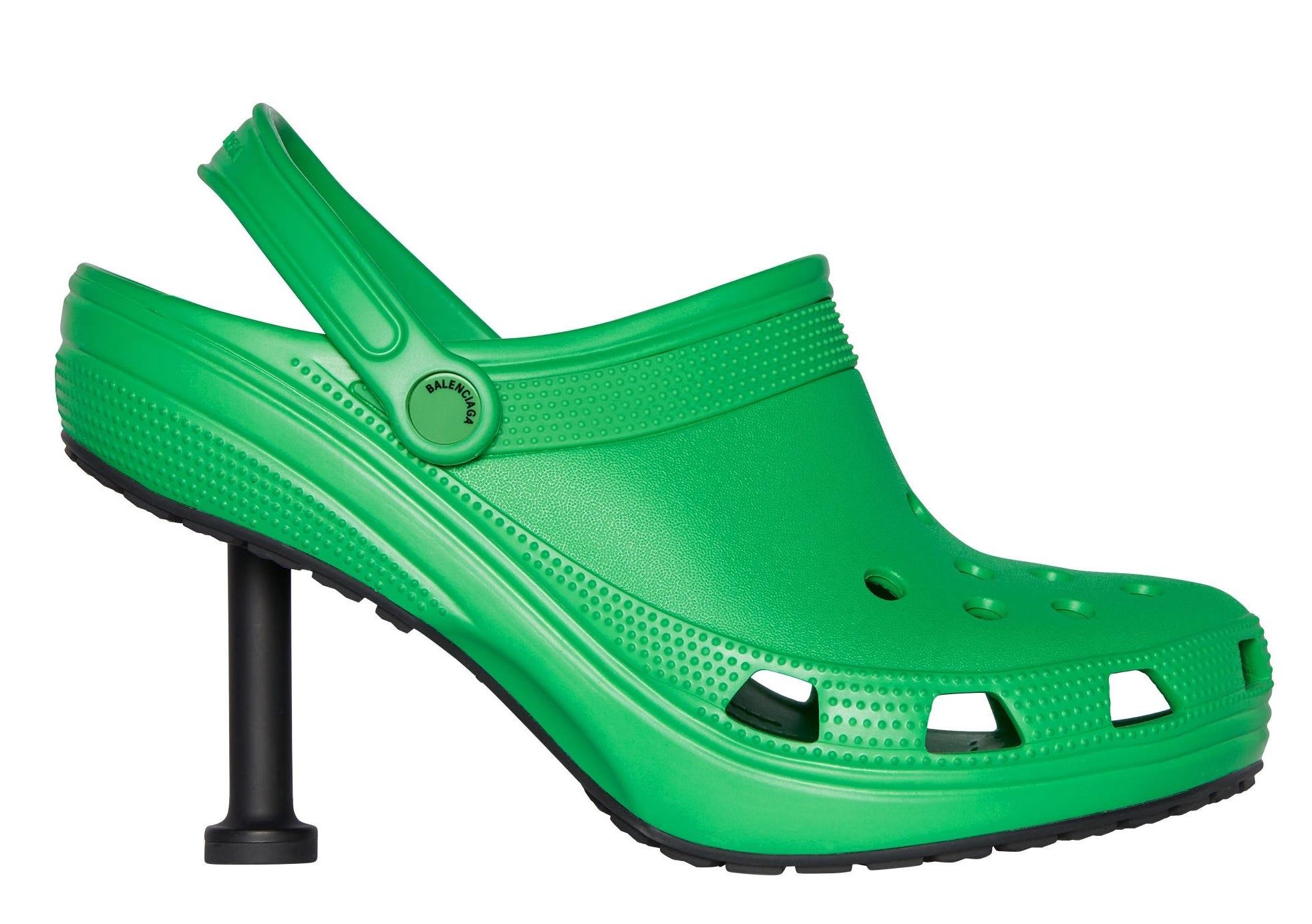 FASHION - Gli zoccoli in gomma con tacco a stiletto