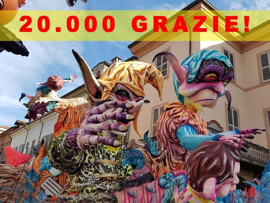 CHIVASSO - Successo per il Carnevalone: più di 20mila alla sfilata