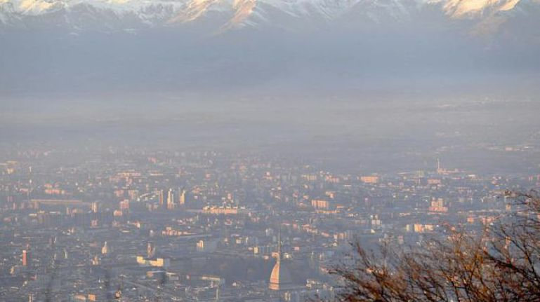 SMOG - L'Uncem contro i blocchi del traffico a Torino: penalizzano la provincia