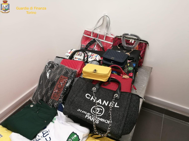 CASELLE - Gucci, Louis Vuitton, Armani, Chanel: ma era tutto falso