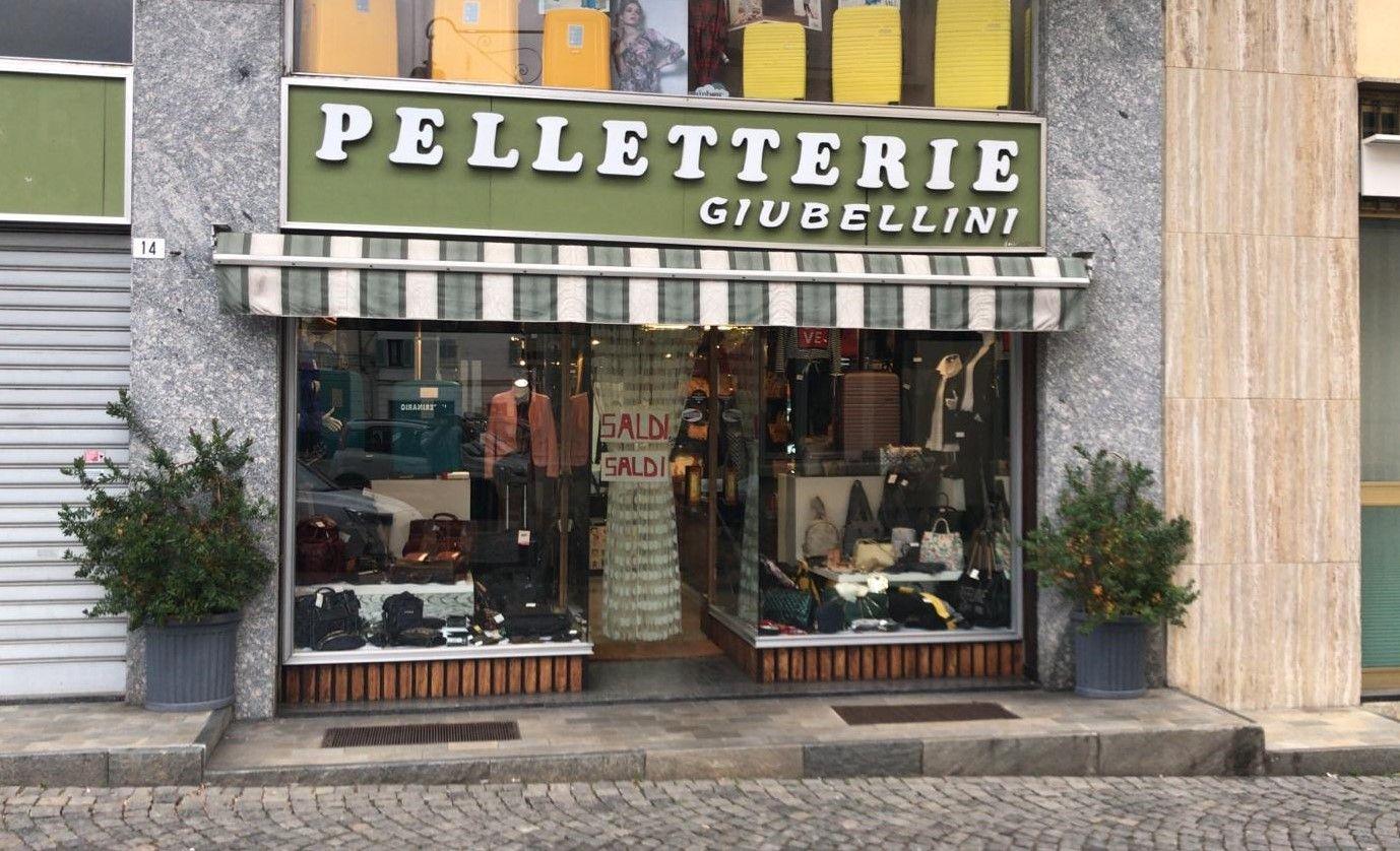 CUORGNE' - A fine febbraio chiuderà la Pelletteria Giubellini