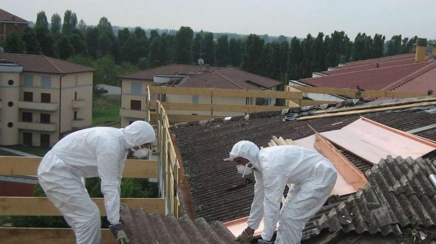 IVREA - Via l'amianto dal Comune: dalla Regione 173 mila euro