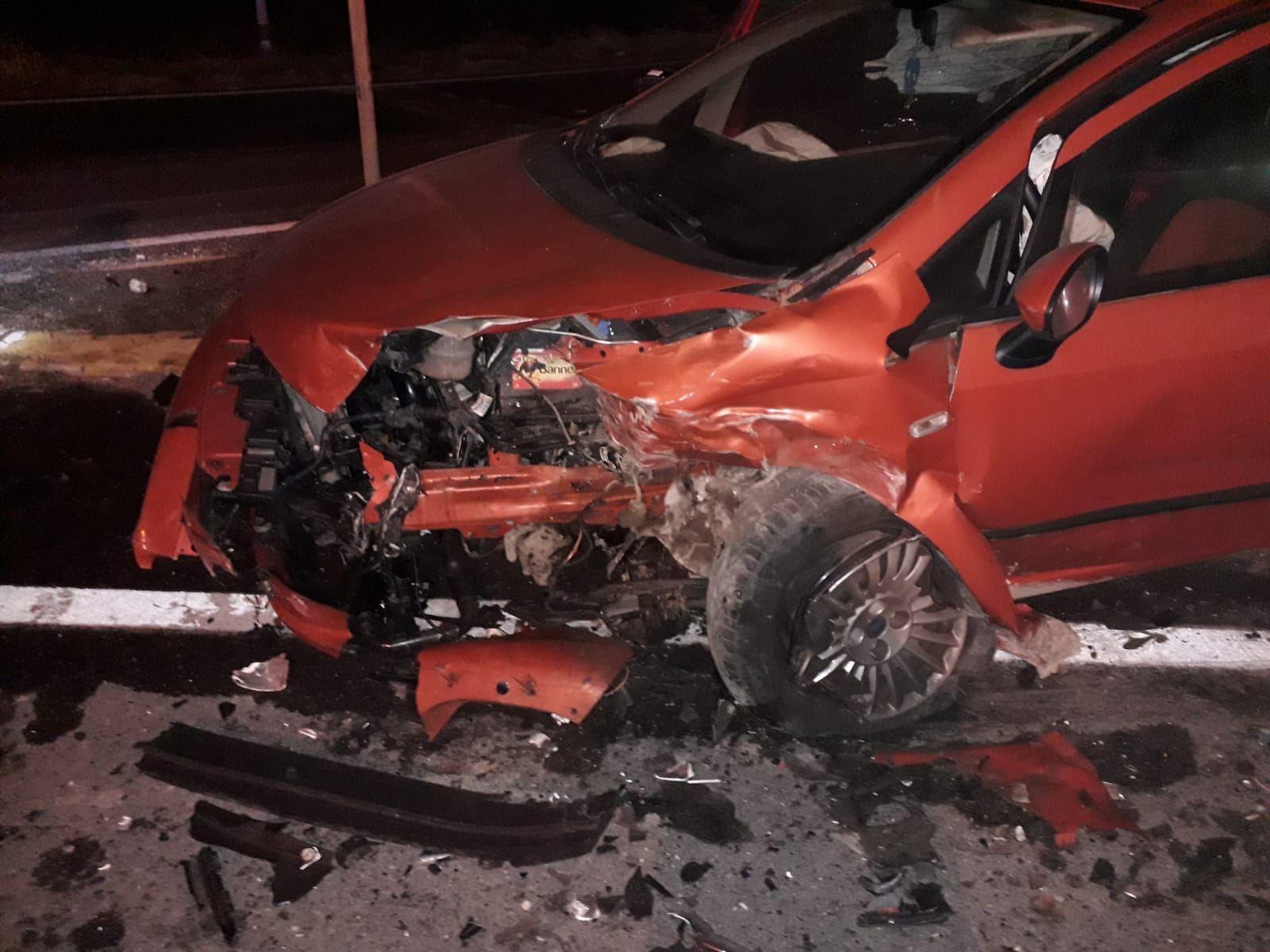CANAVESE - Raffica di incidenti stradali, sei feriti in dodici ore