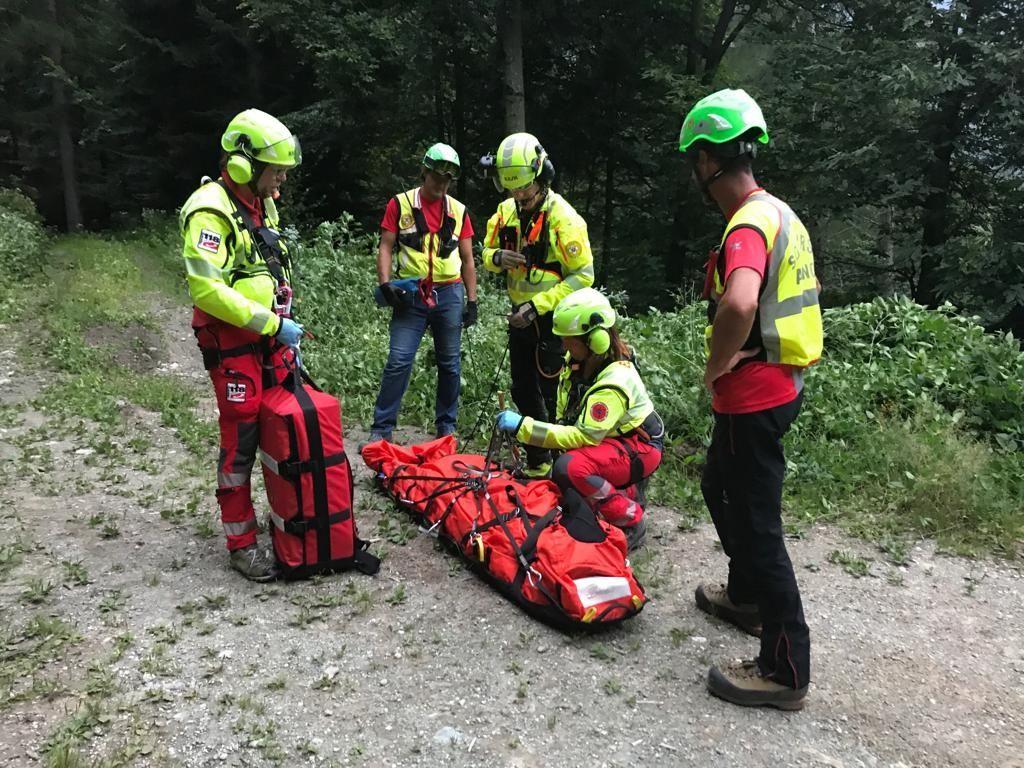 CANAVESE - Cercatori di funghi soccorsi in montagna: i numeri del 2019 sono già allarmanti