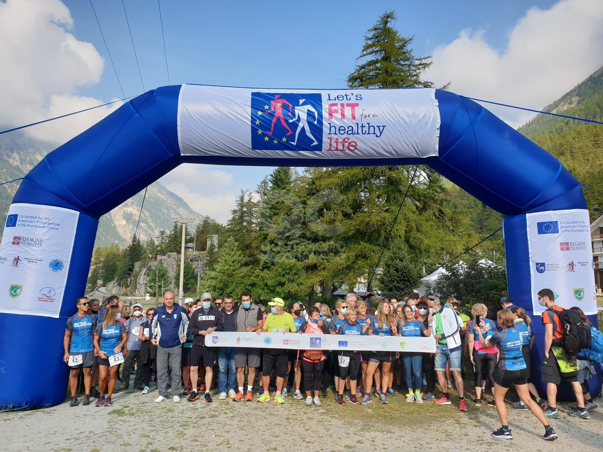 CERESOLE REALE - Una folla al giro lago che ha concluso il progetto «Let's Fit» - FOTO