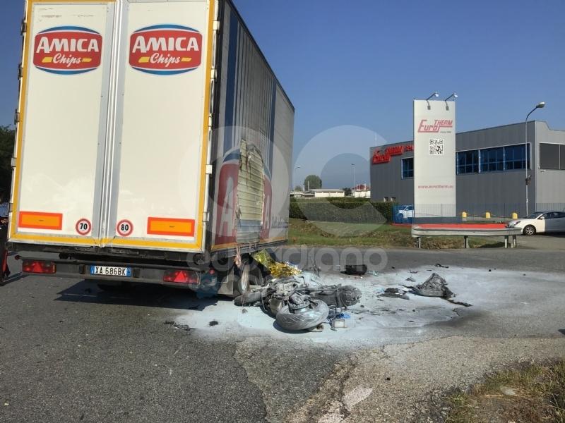 VOLPIANO - Muore a 29 anni nello scontro con un tir: ennesima tragedia in corso Europa - FOTO e VIDEO