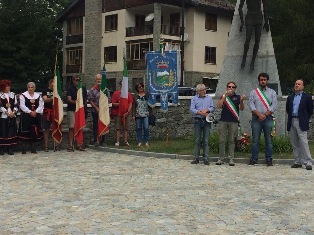 CERESOLE - Commemorati i caduti della battaglia dell'agosto 1944