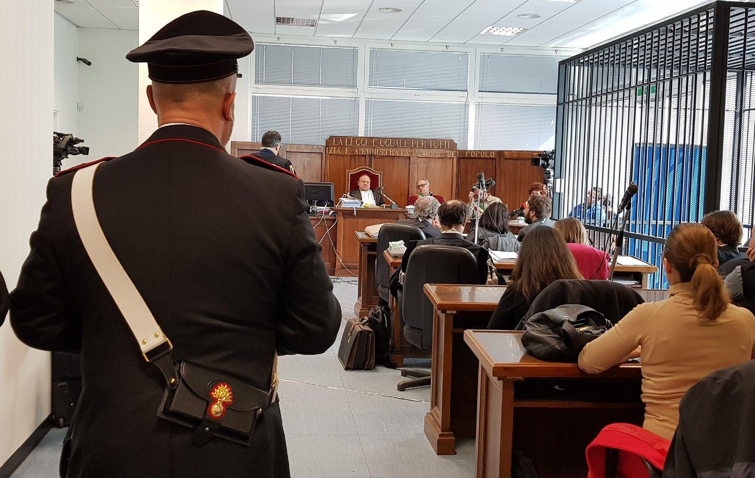 CUORGNE' - Botte e minacce alla moglie che vuole vivere all'occidentale: marocchino condannato dal tribunale di Ivrea