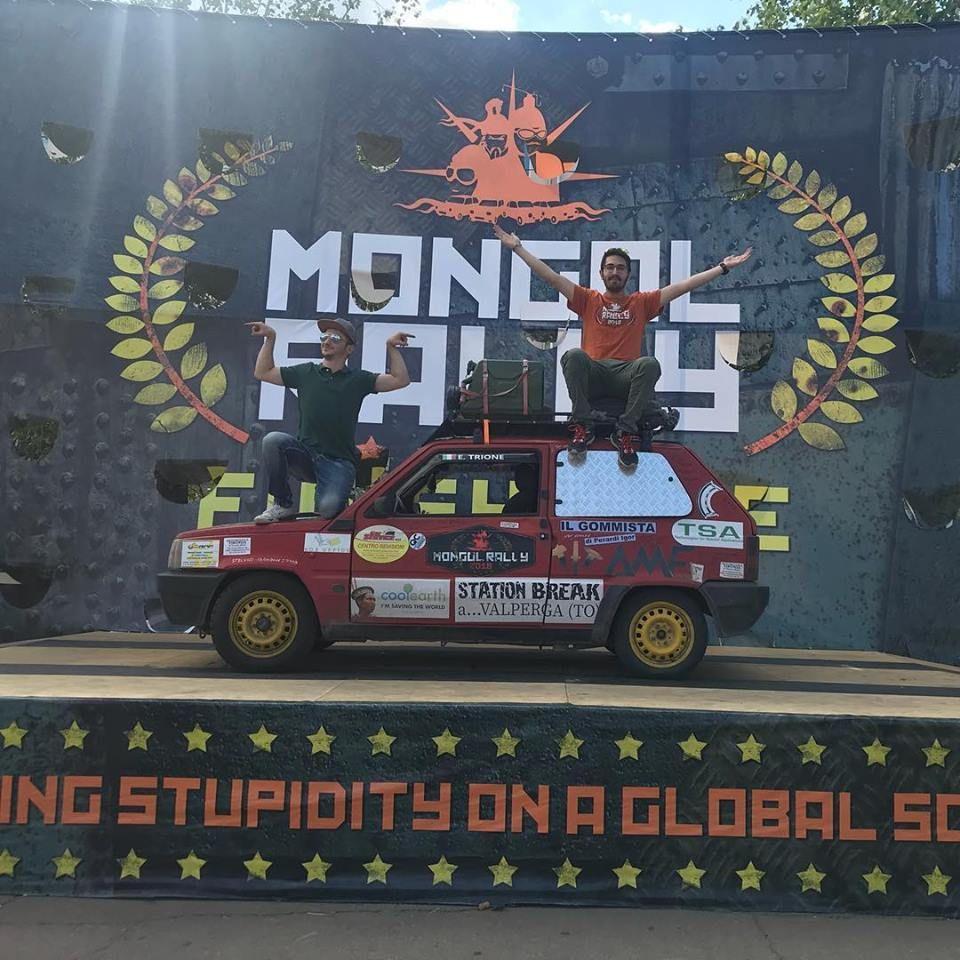 MONGOL RALLY - Missione compiuta: il mitico Pandone ha tagliato il traguardo - FOTO