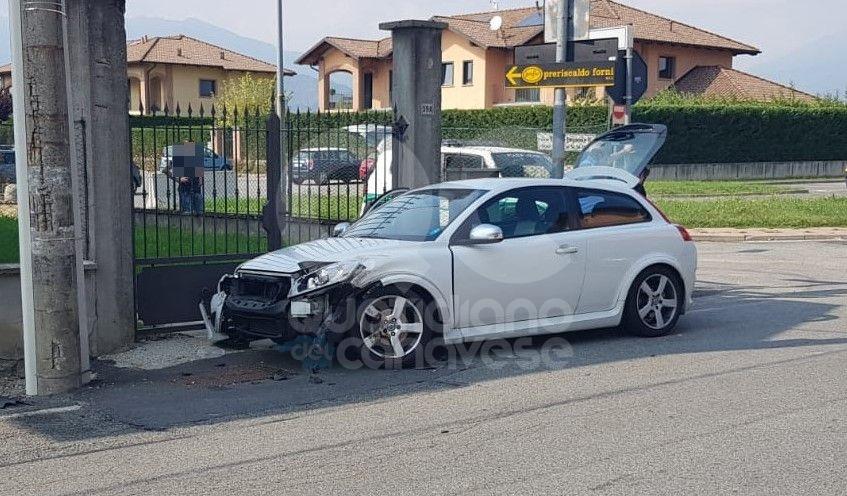 FAVRIA-OGLIANICO - Ennesimo incidente al «solito» incrocio - FOTO