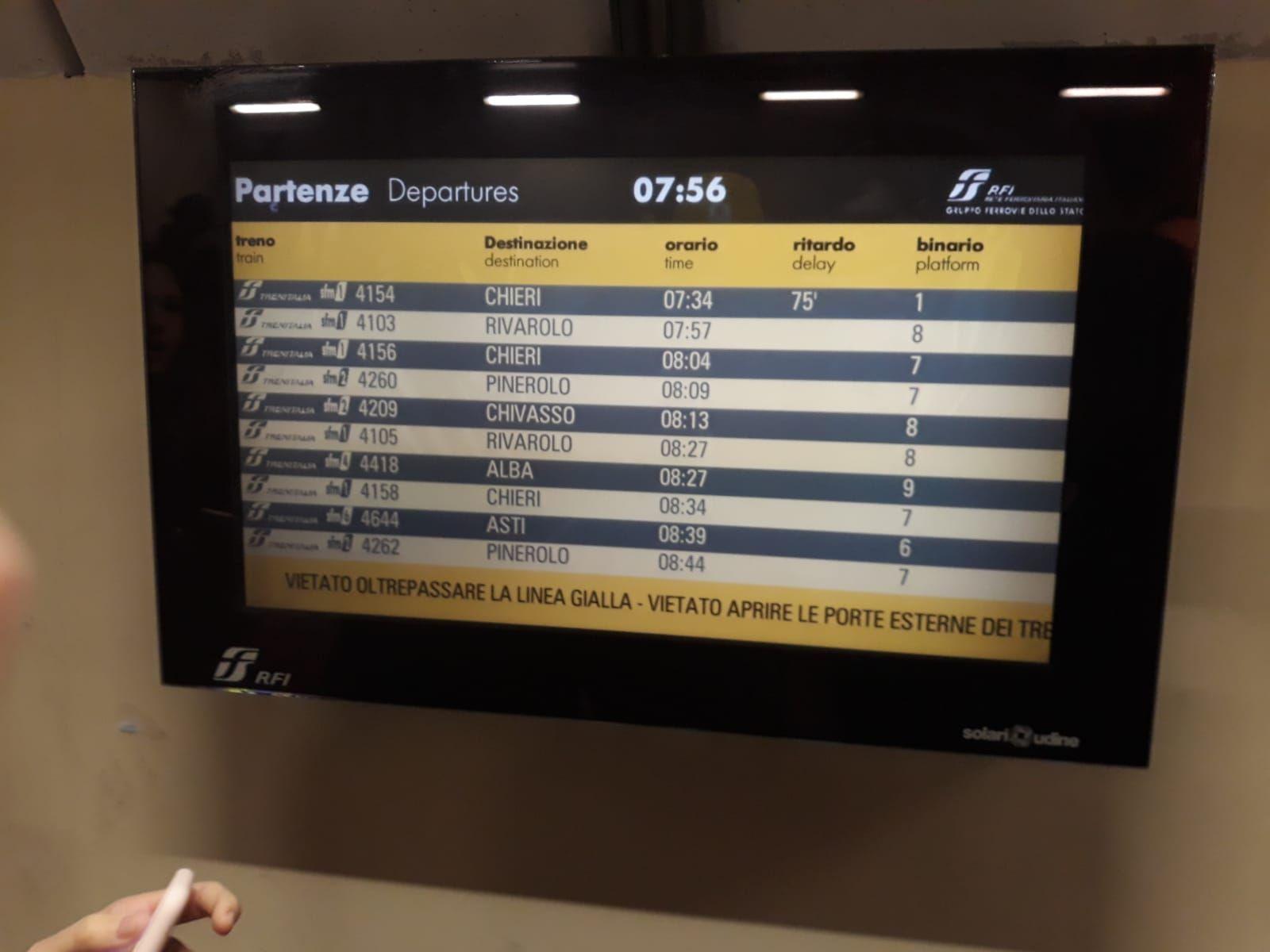 CANAVESANA - Ancora guasti, disagi e ritardi sulla ferrovia Gtt