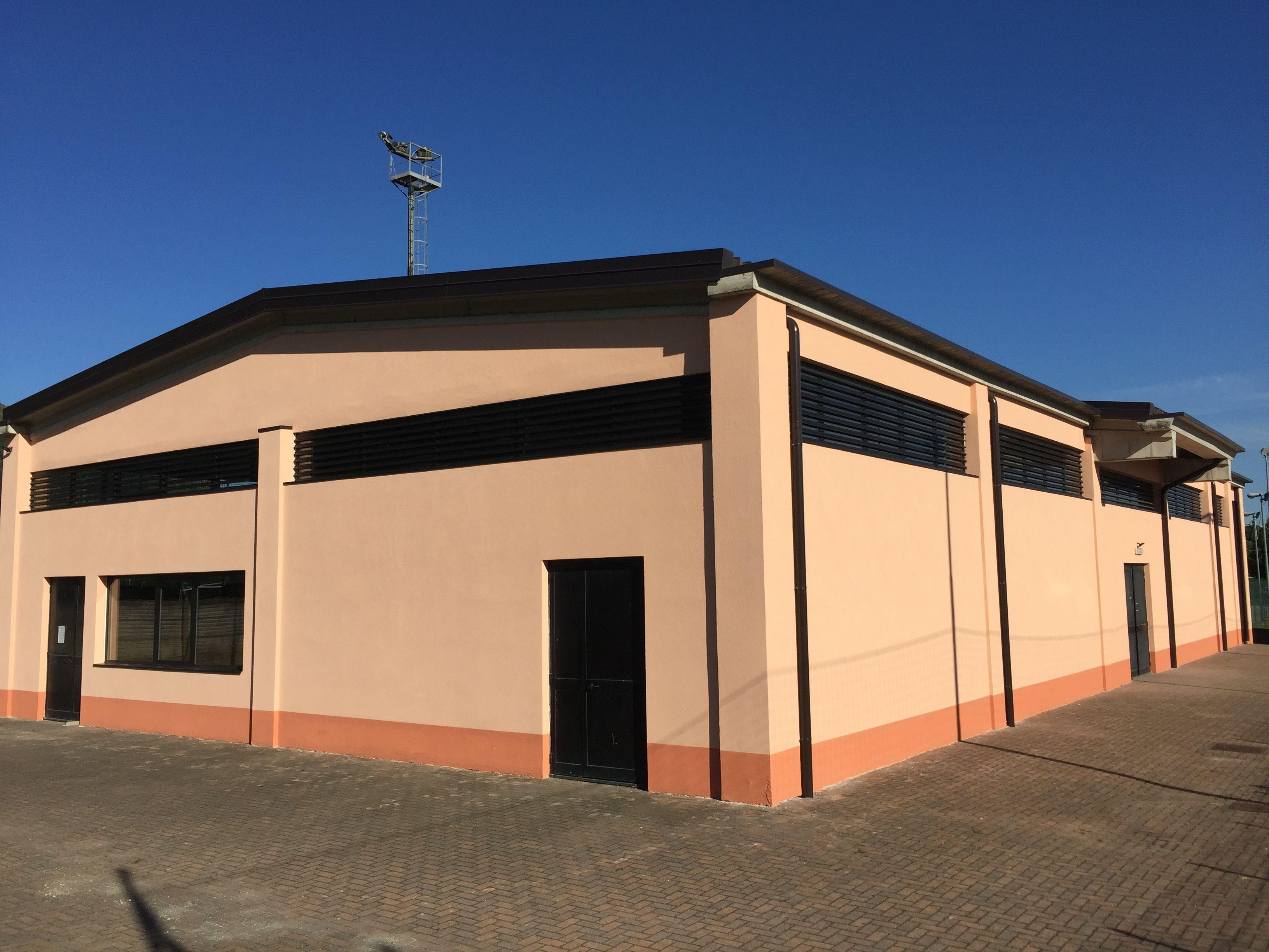 BOLLENGO - Finiti i lavori, nuova vita per il Pluriuso costruito con i fondi dei mondiali di Italia '90