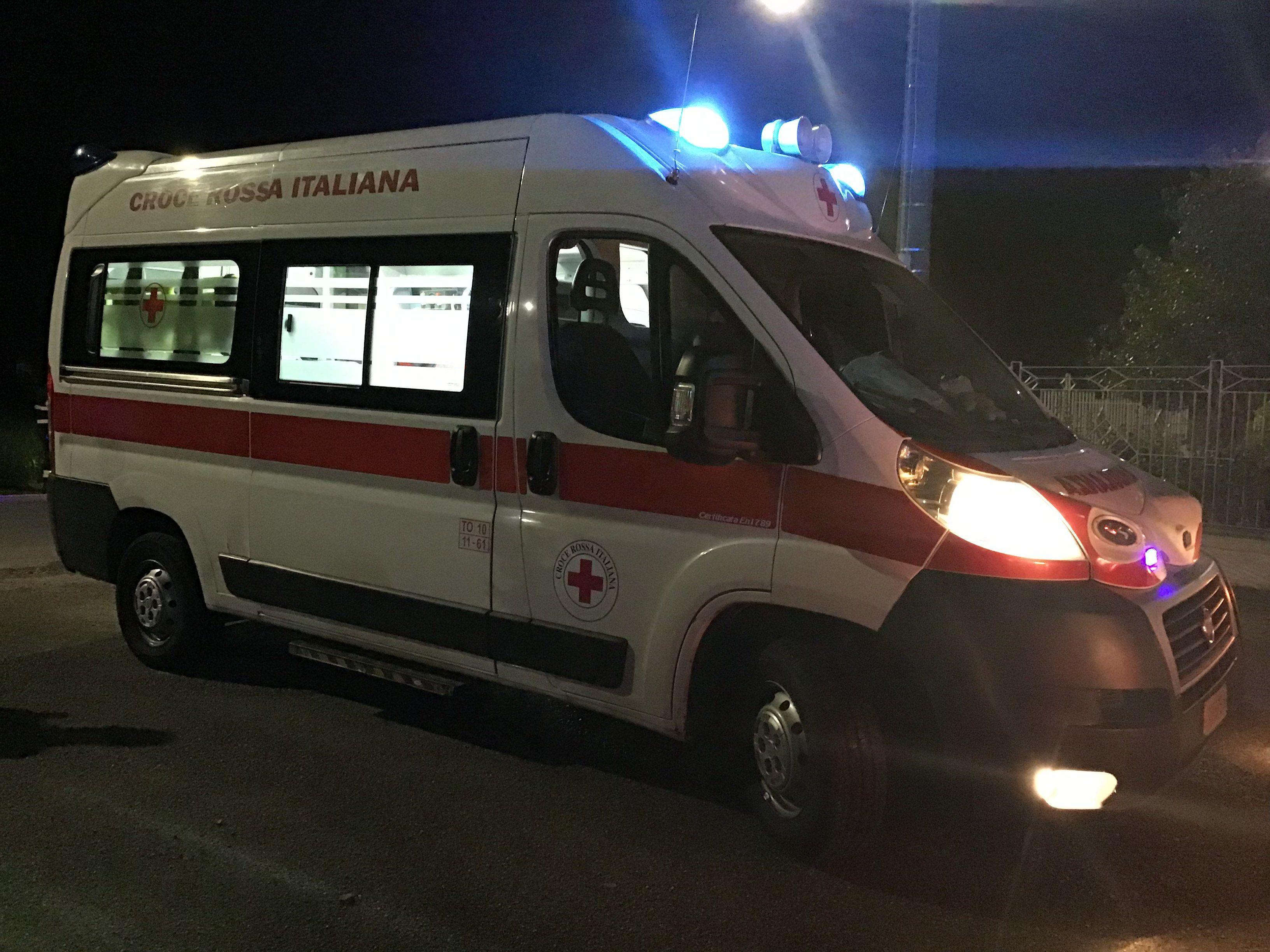 NOMAGLIO - Un uomo trovato morto in strada: inutili tutti i soccorsi