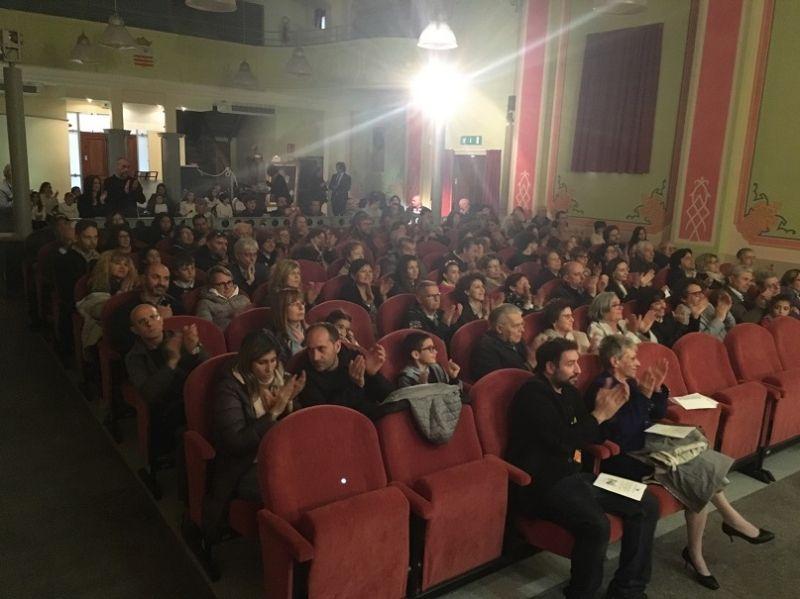 VALPERGA - Il teatro Fernandi diventa cinema per una notte