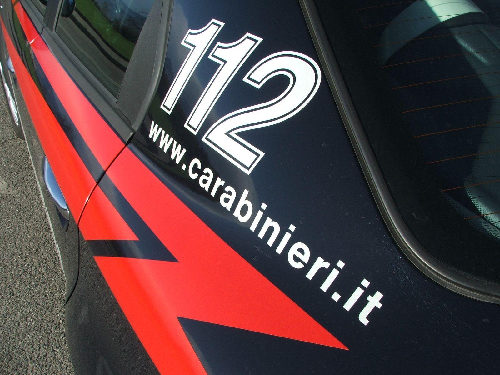 VOLPIANO - Botte e minacce all'ex moglie nigeriana: 66enne italiano arrestato dai carabinieri