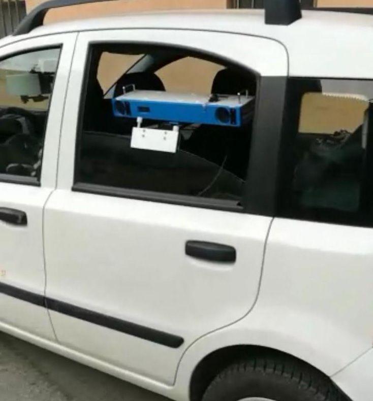 RIVAROLO CANAVESE - Autovelox nascosto nell'auto del Comune: attenzione ai limiti di velocità