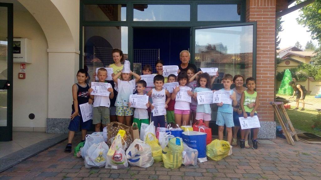 COLLERETTO G. - Successo per il banco alimentare dei bambini - FOTO