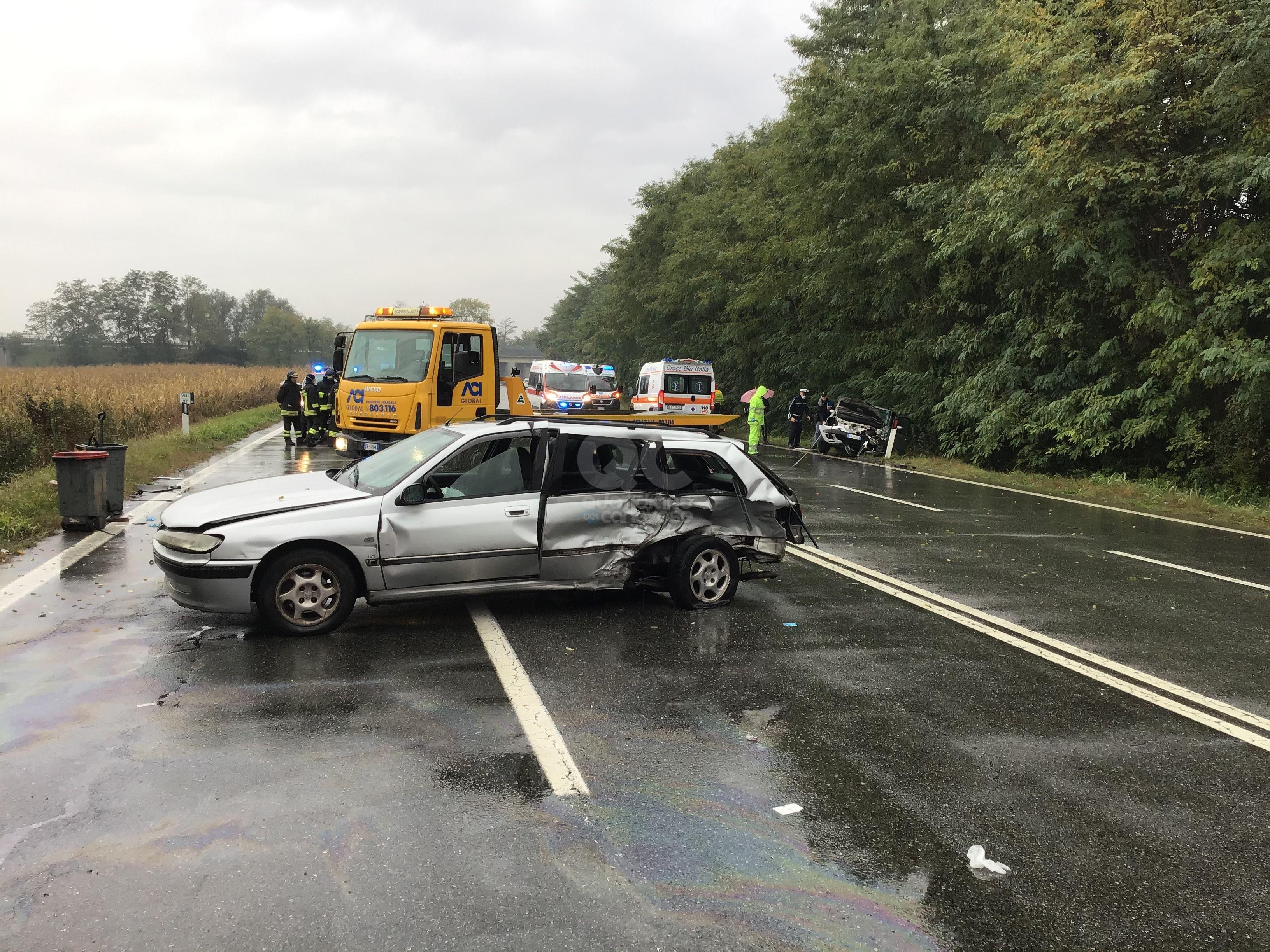 IVREA - Brutto incidente stradale sulla statale 26: quattro donne ferite. Una al Cto - FOTO E VIDEO