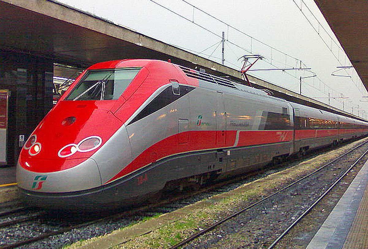 CANAVESE - Treni veloci: la Lega per la stazione «Porta Canavese»