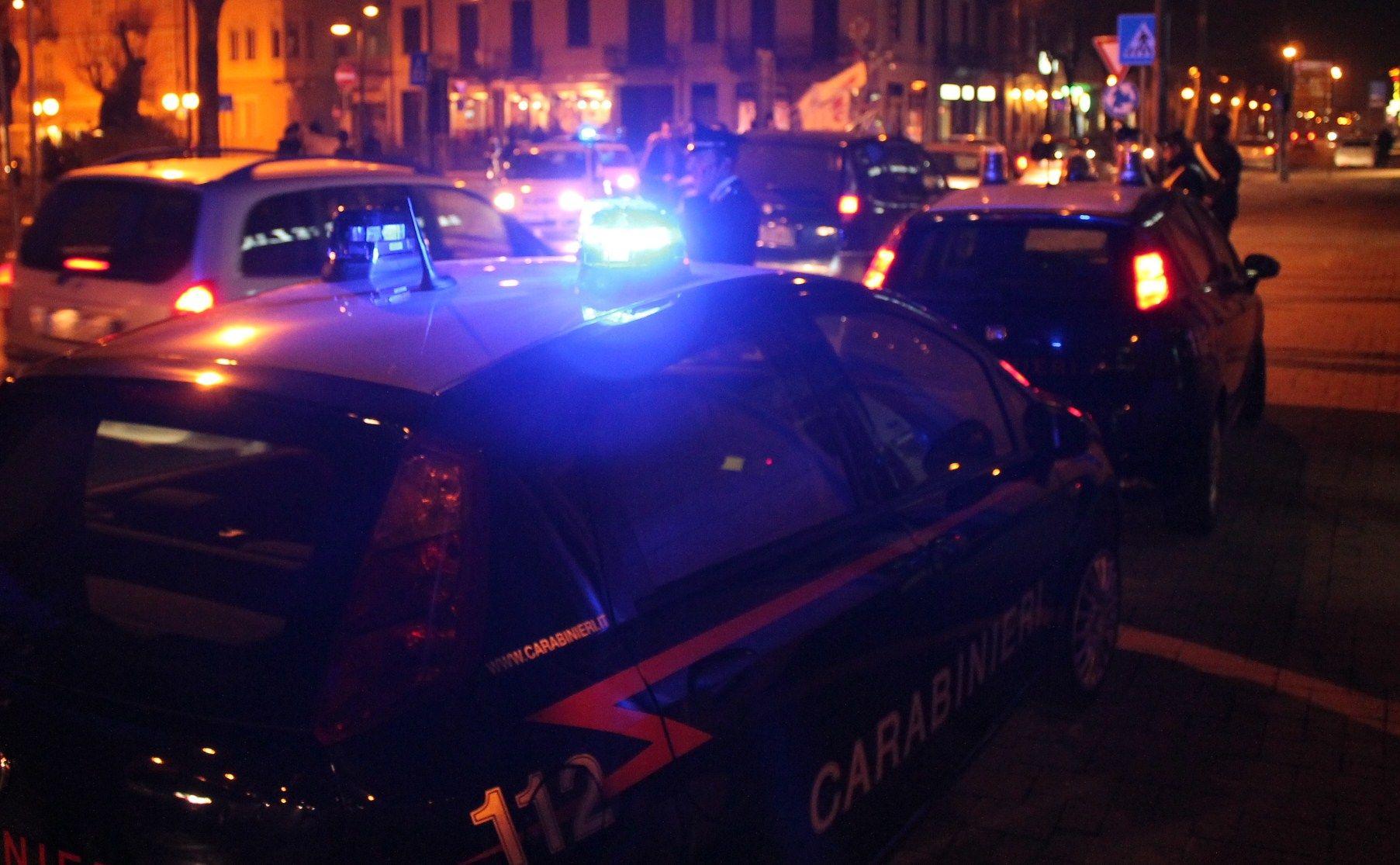BORGARO - Troppa gente al veglione in hotel: arrivano i carabinieri