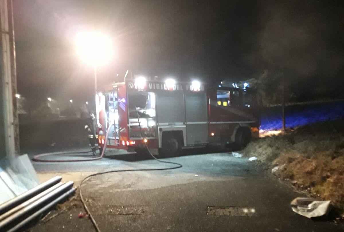 SCARMAGNO - Incendio nel comprensorio della ex Olivetti - FOTO