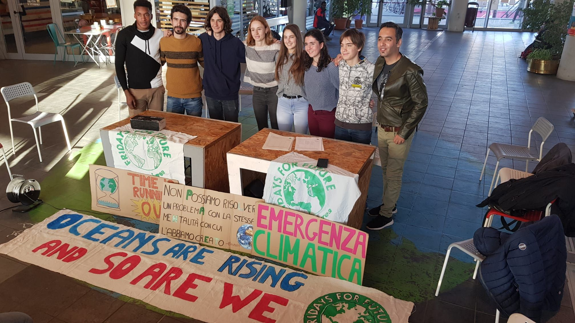 IVREA - «Fridays For Future»: presidio venerdi davanti al municipio