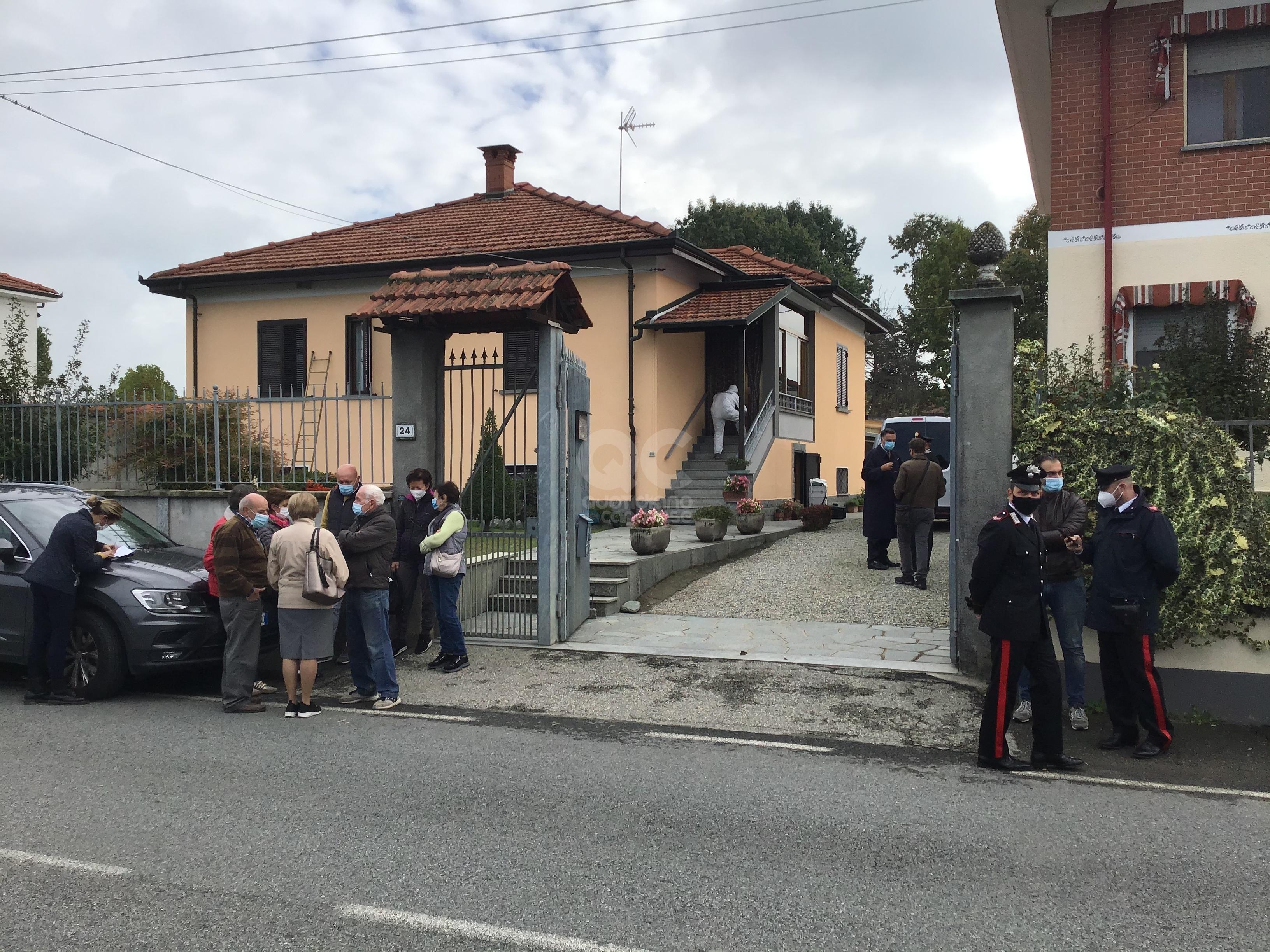 OMICIDIO A SAN BENIGNO CANAVESE - Donna accoltellata nella villetta: trovata morta questa mattina - FOTO E VIDEO